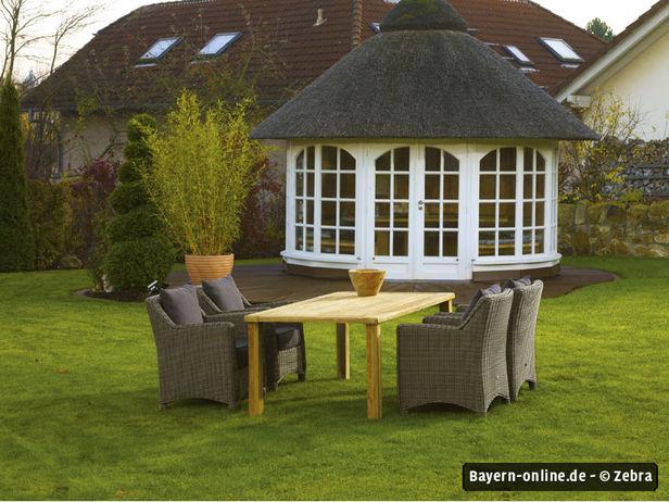 von pavillons und perfekten platten. Black Bedroom Furniture Sets. Home Design Ideas